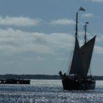 Petrinein Karlskrona unter Segel einlaufend