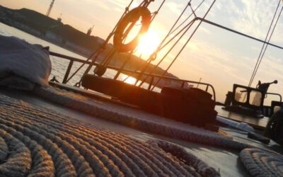 Petrine Deck bei Sonnenuntergang